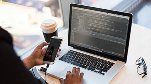 Ce spun liderii in dezvoltarea aplicatiilor mobile despre noile tendinte in 2021